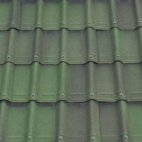 1.06M x 0.4M Onduvilla Tile Strip GREEN